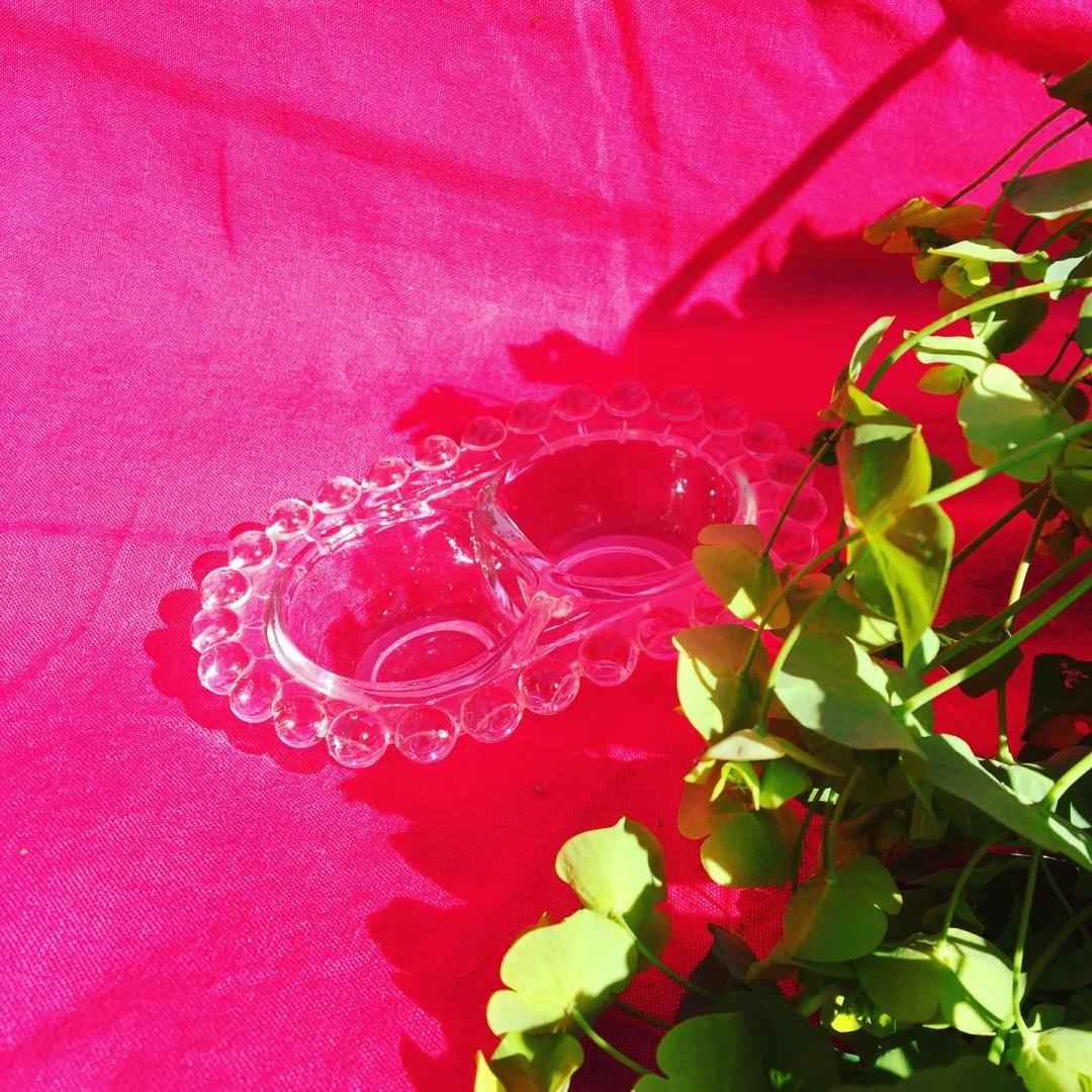 Cloche en verre taillée art déco