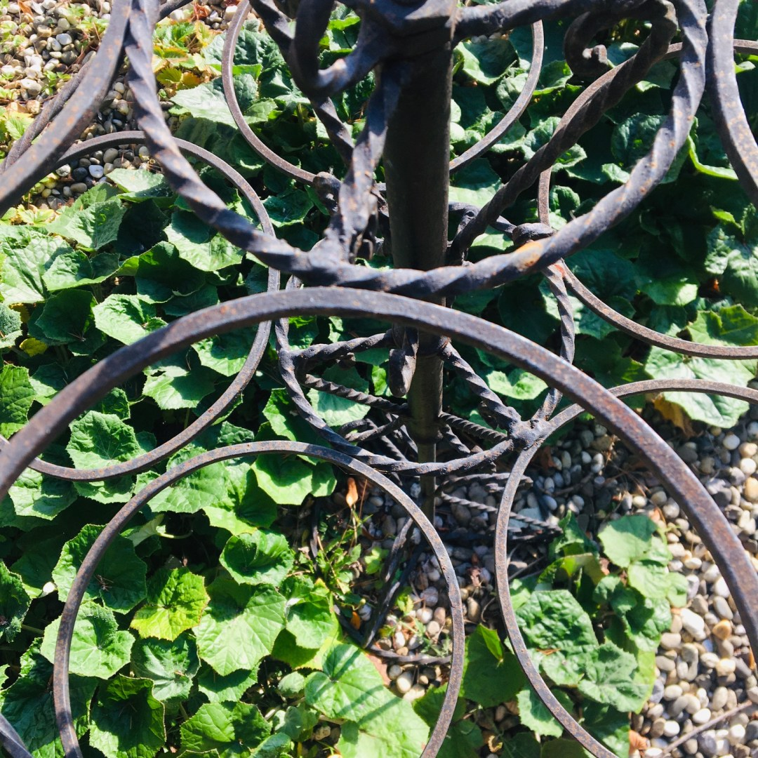 Porte plantes fer forgé circulaire
