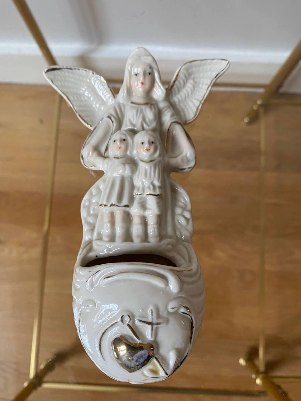 Bénitier porcelaine ange XIXème siècle
