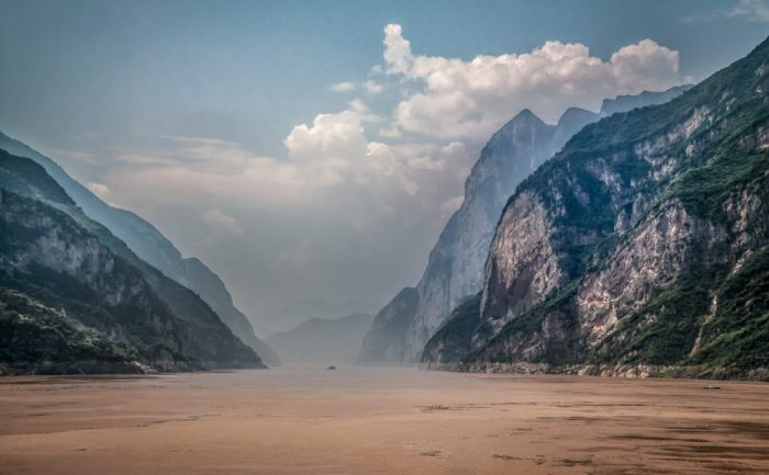 On the Yangtze River near Ychang by Bernd Thaller