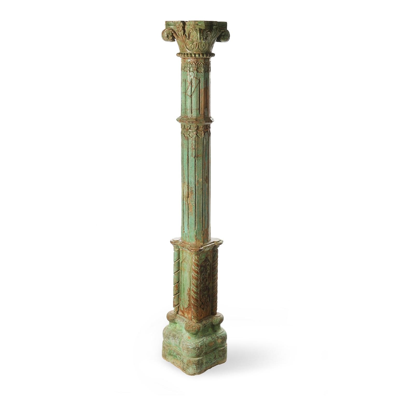 colonne en pierre et bois sculpte et patine mes decouvertes julien cohen