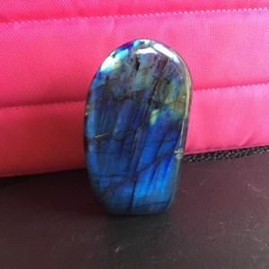 Petite forme libre labra bleu profond