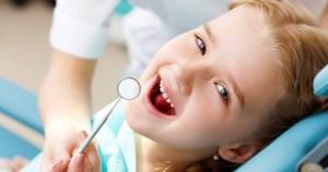 CONSULTA INFANTIL- Limpeza e fluor
