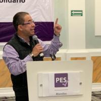 Hugo Eric regresa a dirigir el PES; dejará super delegación
