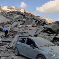 Así ha sido el tsunami producido por el terremoto en Grecia y Turquía