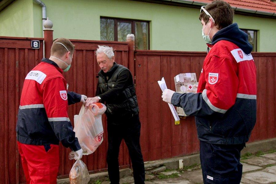 Primăria Sfântu Gheorghe ia în calcul reactivarea serviciului de livrare gratuită la domiciliu a medicamentelor şi alimentelor