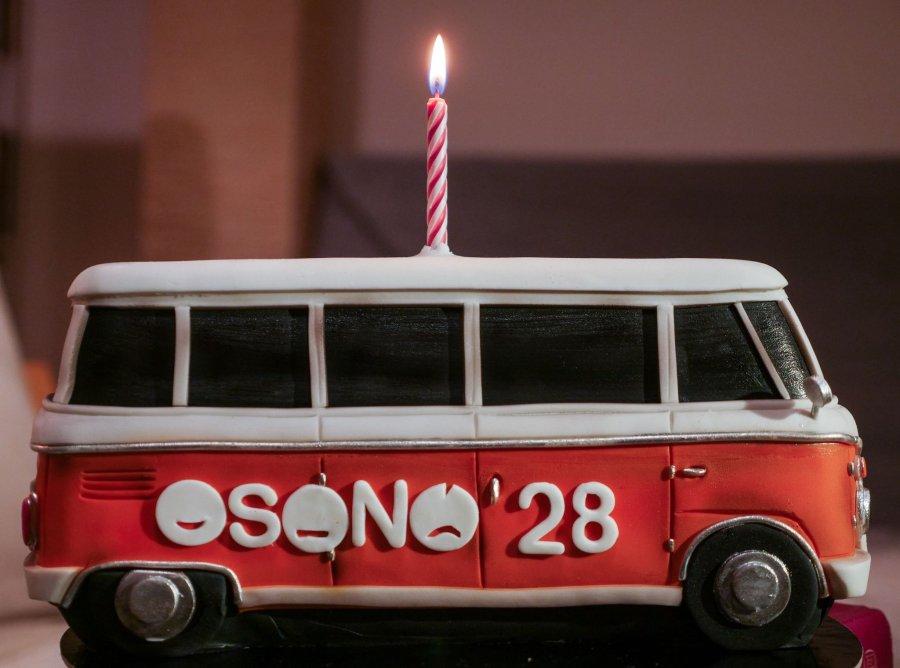 """Teatrul Independent """"Osonó"""", la ceas aniversar: 28 de ani de activitate"""
