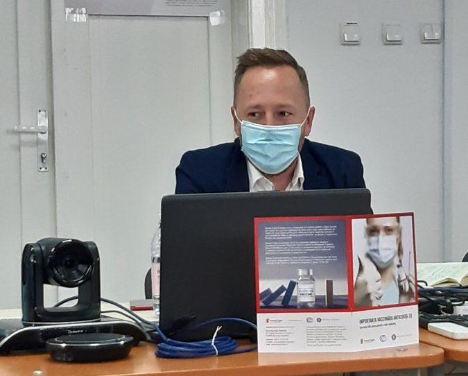 """Campania națională """"Vaccinare și testare pentru învățare!"""", prezentată în județul Covasna. Secretarul de stat în Ministerul Educației, Radu Gheorghe Szekely: """"Întoarcerea la școală, în format fizic, este un deziderat al tuturor"""""""