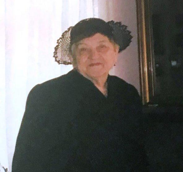 IN MEMORIAM.  Protoprezbitera Ana DUMBRAVĂ (1925-2021)