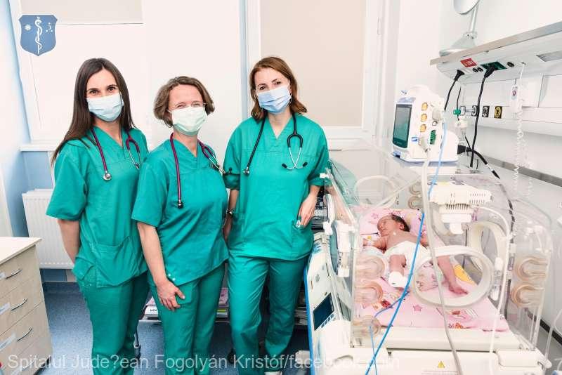 Procedură medicală rară realizată cu succes la secţia de Neonatologie a Spitalului Judeţean de Urgenţă Sfântu Gheorghe