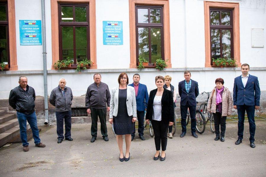 Candidatul UDMR pentru funcția de primar al comunei Ozun, Bordás Enikő, și-a depus dosarul de candidatură la Biroul Electoral de Circumscripție, vineri, 4 iunie.