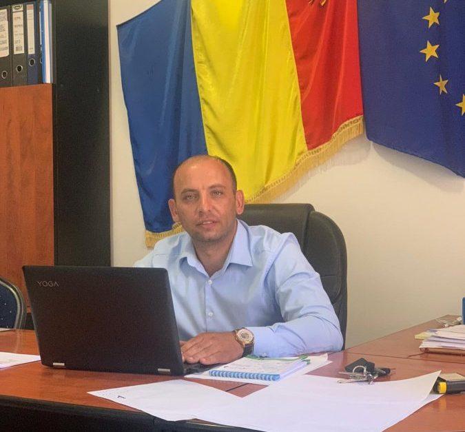 """""""Consecvența și implicarea în problemele comunității m-au călăuzit întotdeauna""""  Interviu cu Bogdan Barbu, primarul comunei Dobârlău"""