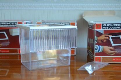 boite à epice vintage en plastique