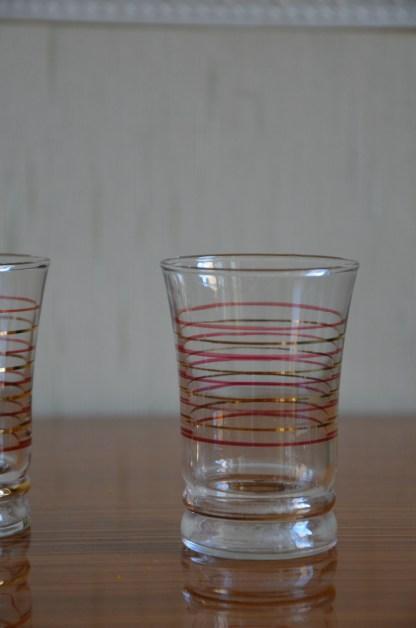 verre à aperitif ancien filet or et bordeau