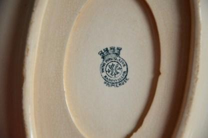 Saucière en semi-porcelaine manufacture de Badonviller collection Primerose