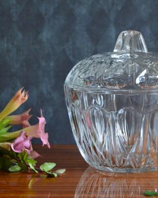 Bonbonnière en verre vintage.