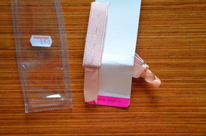 Jarretelle de luxe vintage Novelastic rose poudré, fabriqué en France. L'article est vendu dans son emballage d'origine.