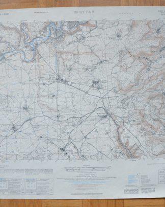 Carte de Briey 7&8. Dressé par l'Army Map Service (AM), Corps of Engineers, US Army. Carte de France 1:25,000. La carte originale établie d'après les levés sur le terrain de 1908-1925, révisée en 1925. Reproduite en 1951. Carte écrite en français et en anglais. J'ai récupéré cette carte (et la vingtaine d'autre!) chez un monsieur ayant travaillé à la SNCF.