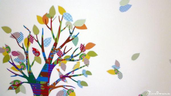 sticker-deco-chambre-bebe-arbre-feuilles
