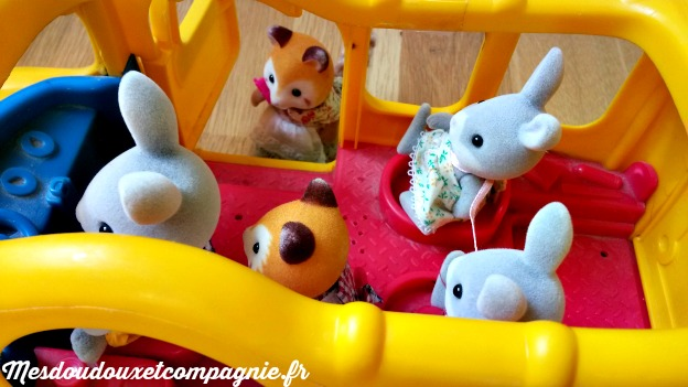 bus little people sylvanians