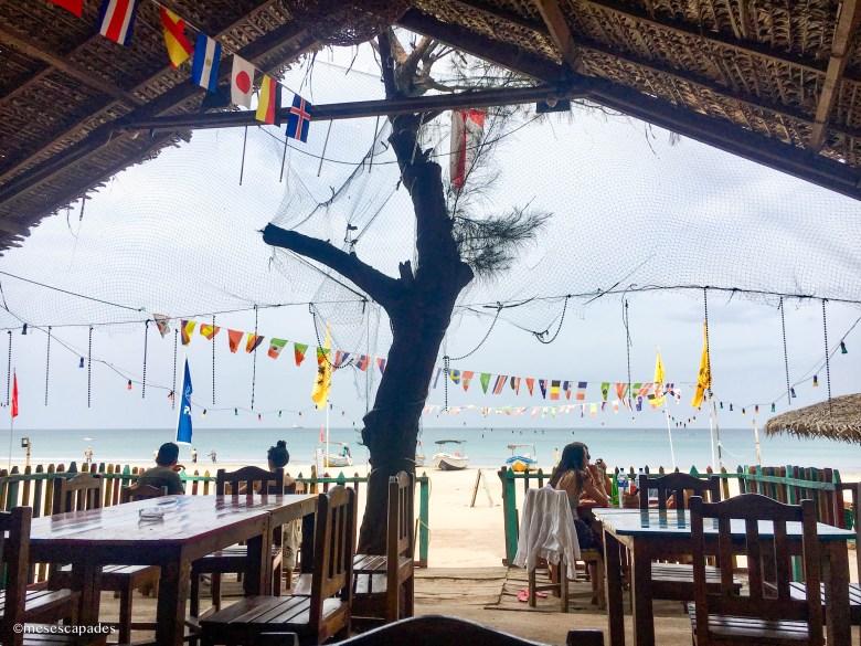 Où déjeuner au bord de la plage à Trincomalee ?