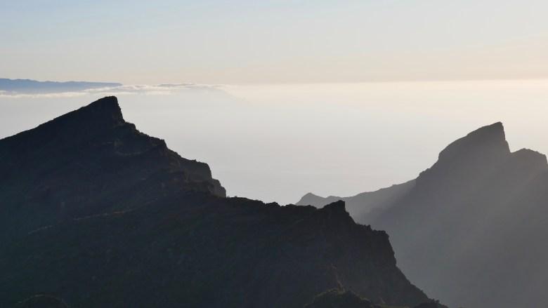 Lumière sur les sommets de Masca : jolie excursion