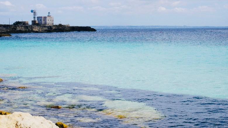 La Cala Azzurra, une crique dans l'île de Favignana.