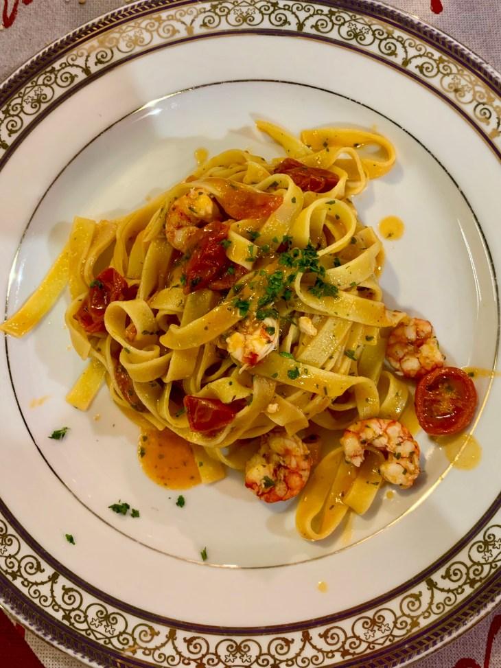 Les pâtes aux gambas, un vrai délice, au Culinario situé à Palerme, près du Teatro Massimo Vittorio Emanuele.