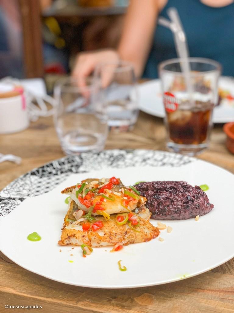 Repas gourmand au Dix Vin, restaurant excellent d'Aigues-Mortes