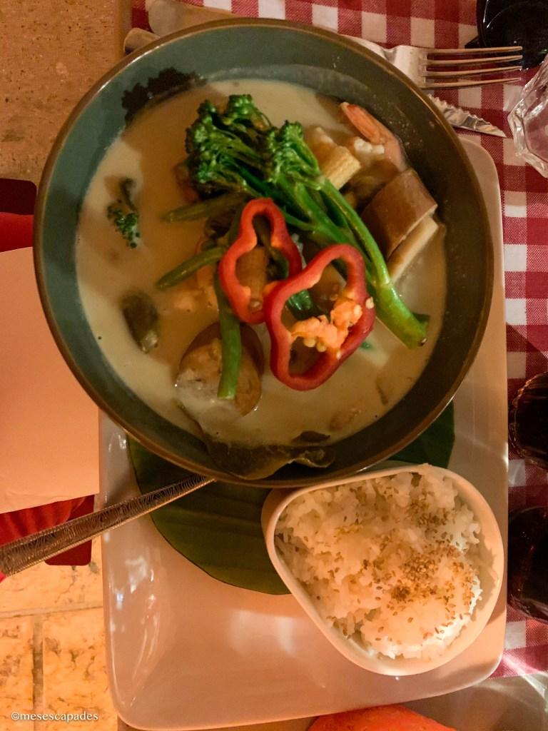 Crevettes et curry vert, à l'Intramuros d'Apt