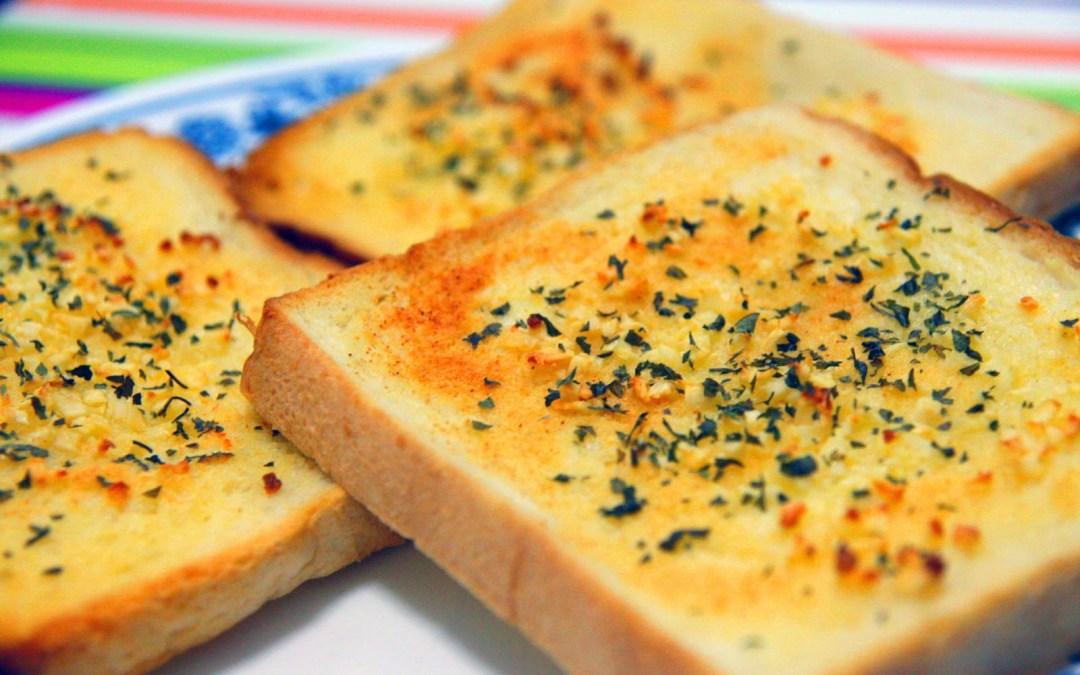 Roti Bawang Putih Rumahan Sederhana