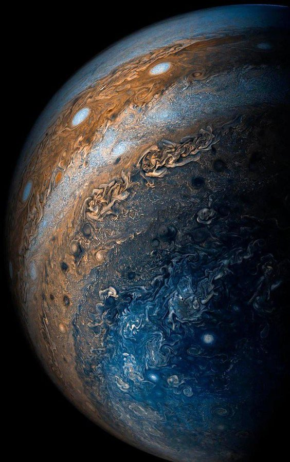 Jupiter X-Ray Aurora Mystery Solved, After 40 Years