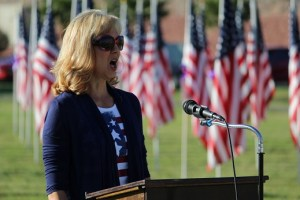 Karen Ransdall sang the National Anthem during the 2016 1000 Flags over Mesquite closing ceremony. Photo by Teri Nehrenz