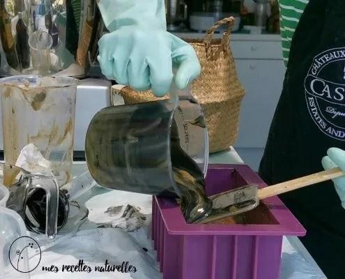 Fabrication du savon : le layering, comment faire un savon coloré