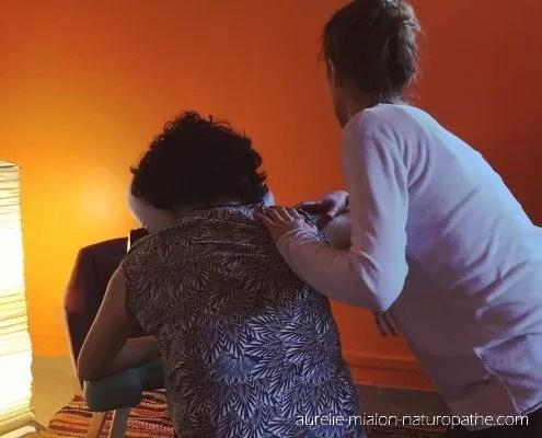 Pratique du massage amma par Aurelie Mialon naturopathe à Lyon