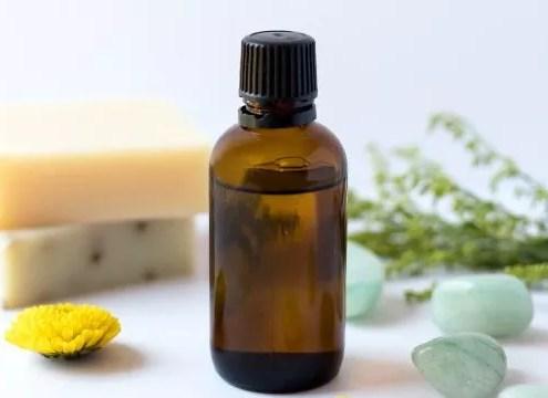 les huiles essentielles pour le ménage