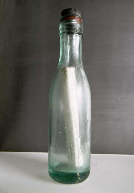 98 year old message in a bottle - Andrew Leaper's find.