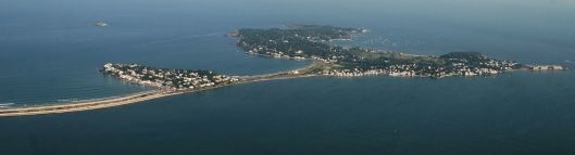 Message in a bottle found in the street - Aerial view of Nahant