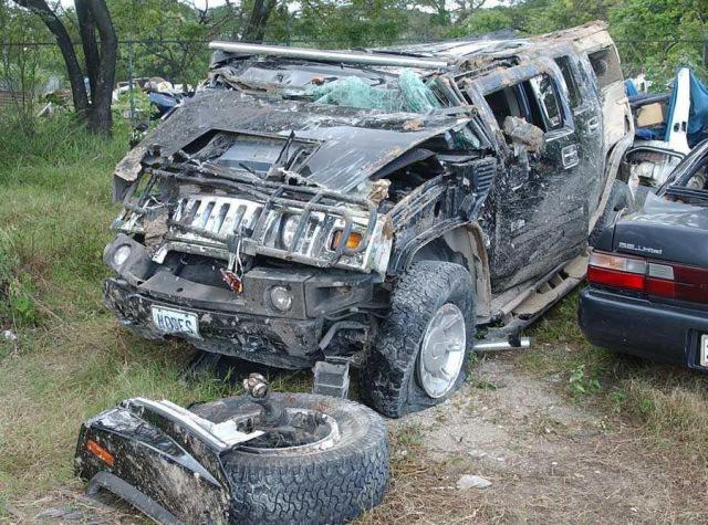 Hummer H2 crash