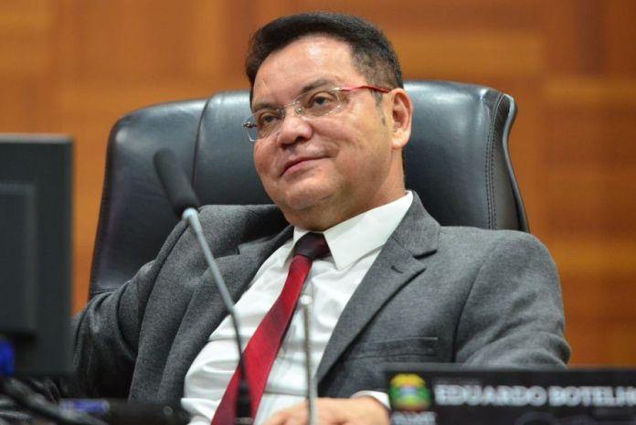O deputado Eduardo Botelho, que descartou nova licença (Foto: Maurício Barbant/ALMT)