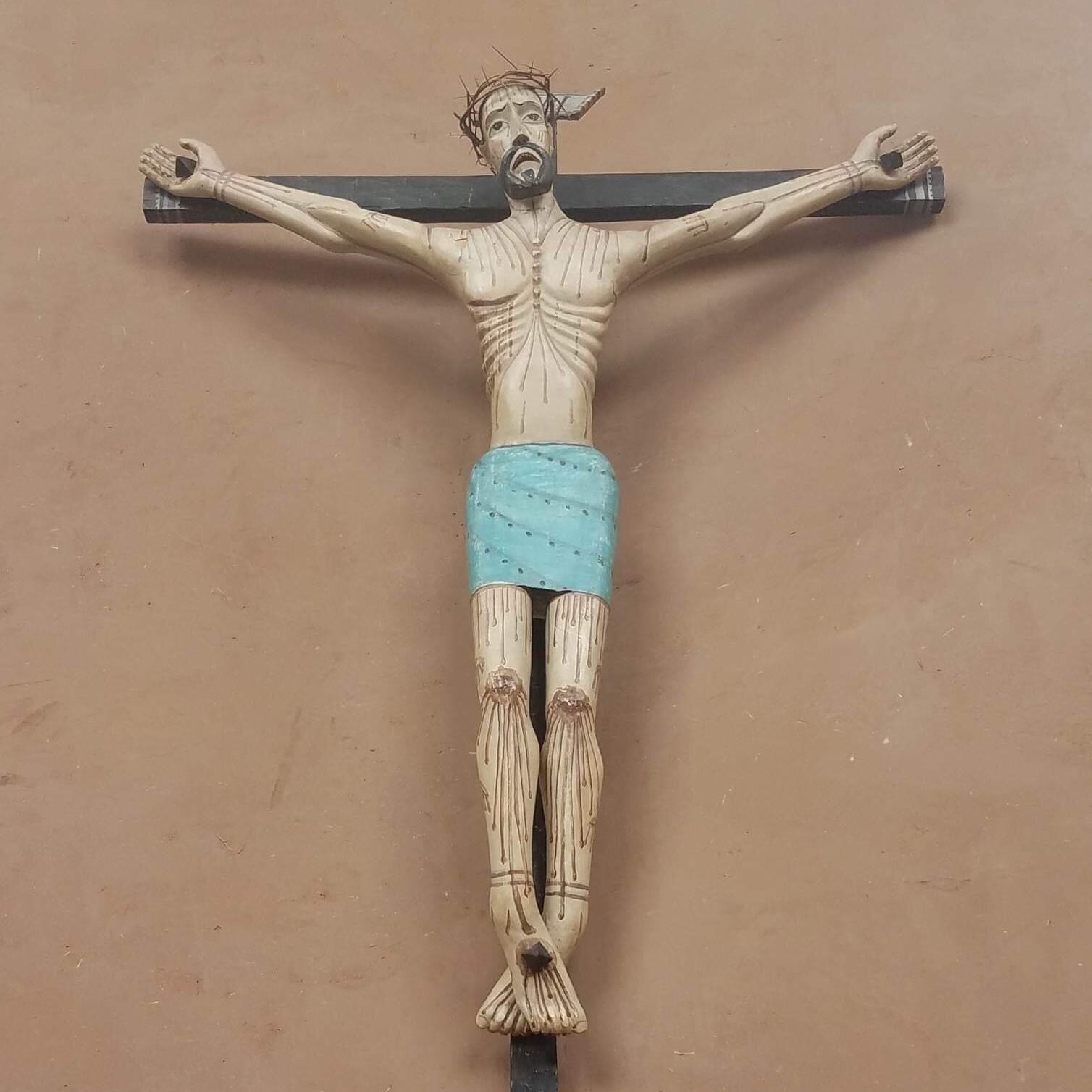 Jesus-cross-figurine