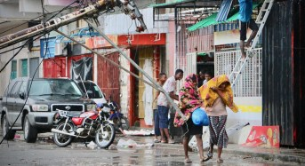 Mozambique hit by worst humanitarian crisis after Cyclone Idai; 2 tons dead, 100s missing