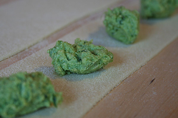 Bärlauch-Pesto mit Ricotta