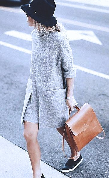 knit-dress-outfits-street-style-201749eb4a3890ce127c8f7414993b13ab93