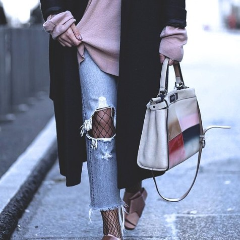 fishnets-street-style-2017-fashion-blog-casual-looks-trends14d003d2b9bd337c171c15ef846eae11