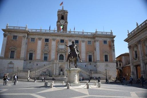 rome-marc-aurele-statue