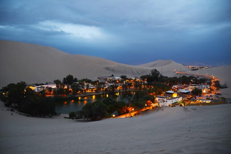Huacachina nuit