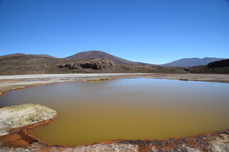 Iquique laguna verde