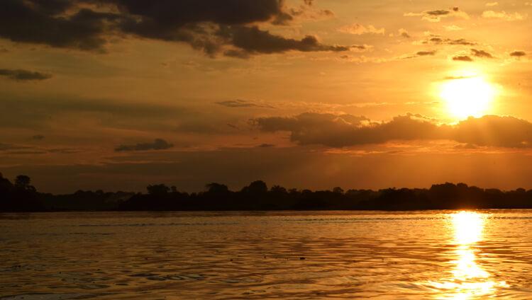 Amazonie coucher de soleil