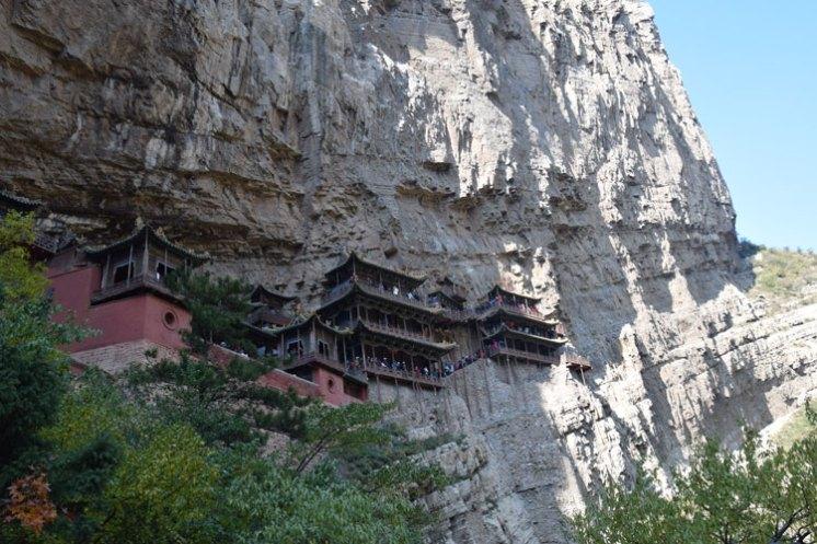 monastere-suspendu-xuankong-1